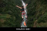 bunge-20jumping-2002